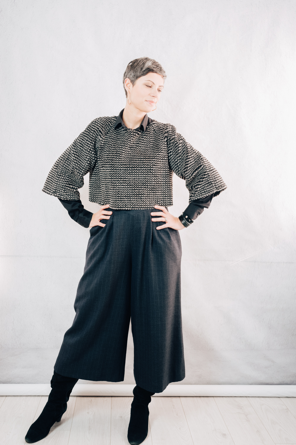 DIY Wearologie Nivis crop top in faux fur; RTW black button-down shirt; DIY wool pinstriped culottes; RTW suede boots