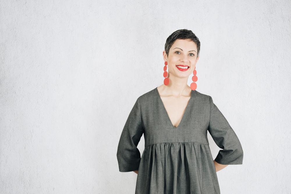 DIY GREY TIERED DRESS | FIBRE MOOD MIRA