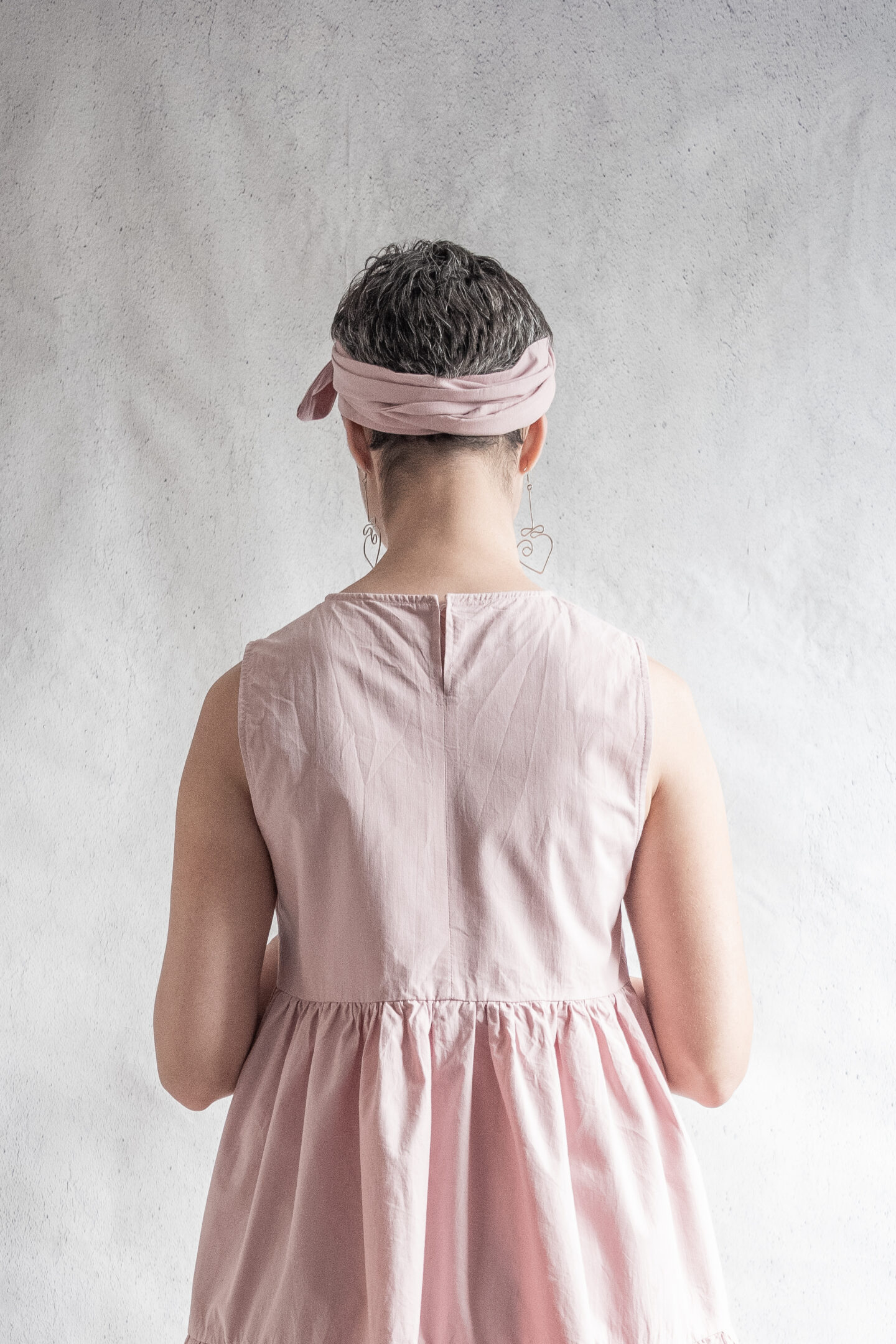 DIY Pink sleeveless tiered dress in cotton poplin made using Fibre Mood Mira sewing pattern